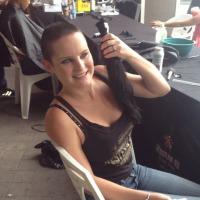 Candice Jones donates ponytail
